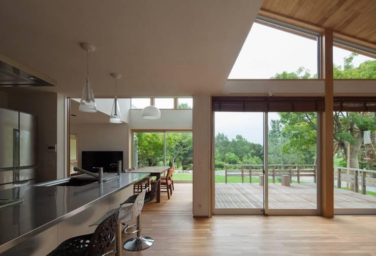 耳納の家: ろく設計室が手掛けたキッチンです。