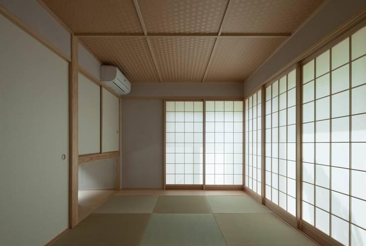 耳納の家: ろく設計室が手掛けた和室です。