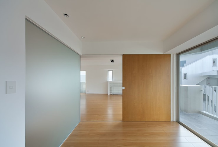 香椎浜のマンションリノベーション: ろく設計室が手掛けた寝室です。