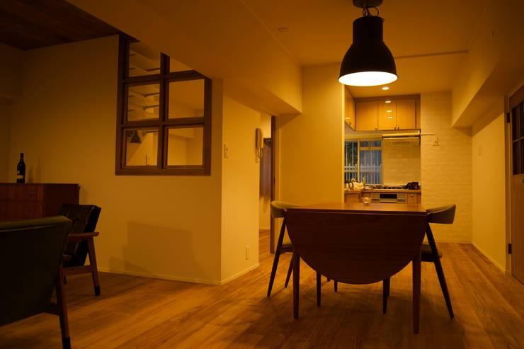 HOUSE U (リノベーション): ろく設計室が手掛けたダイニングです。