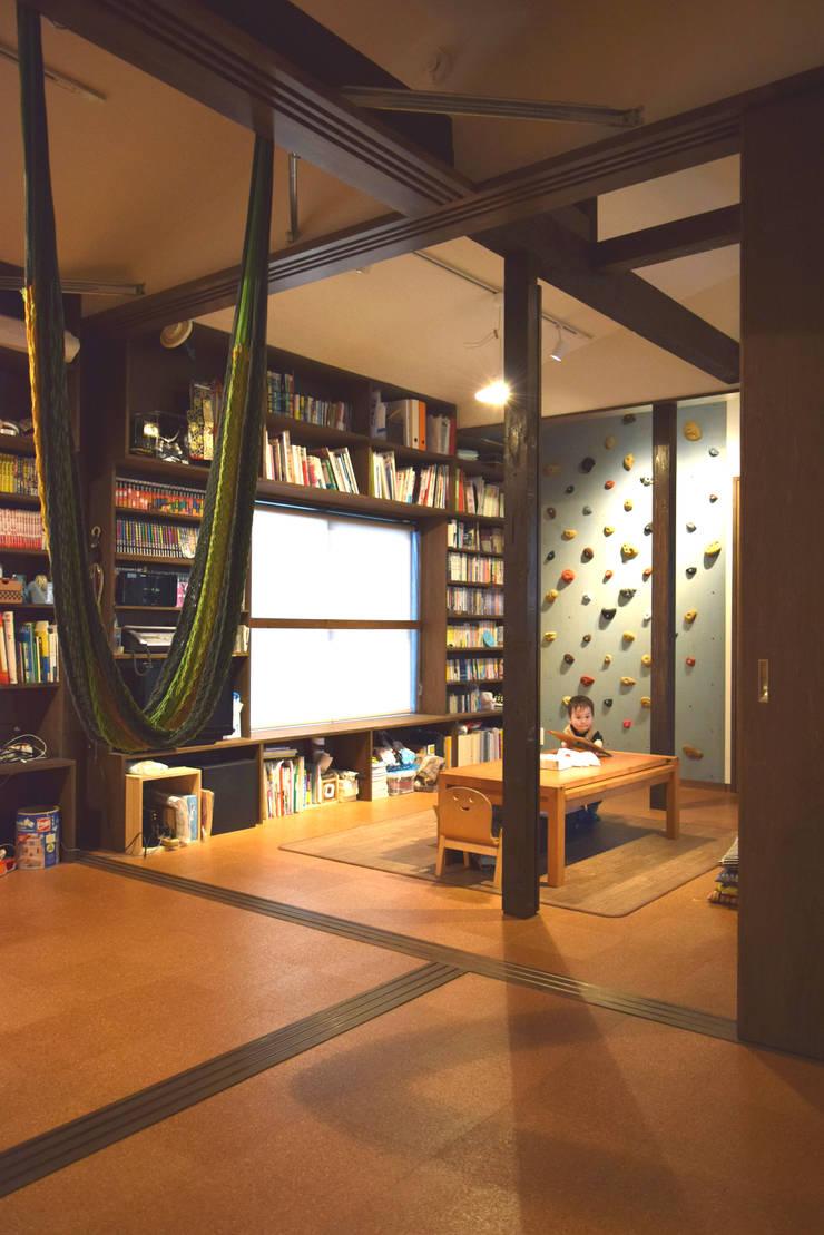 ダイニング: FURUKAWA DESIGN OFFICEが手掛けたリビングです。,モダン