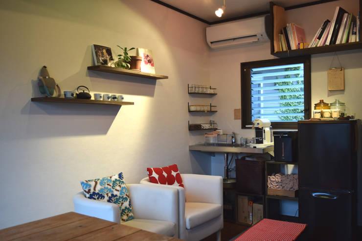 カフェスペース: FURUKAWA DESIGN OFFICEが手掛けたリビングです。