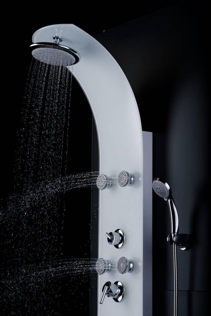 Modelo 27607: Baños de estilo  por Totalshower