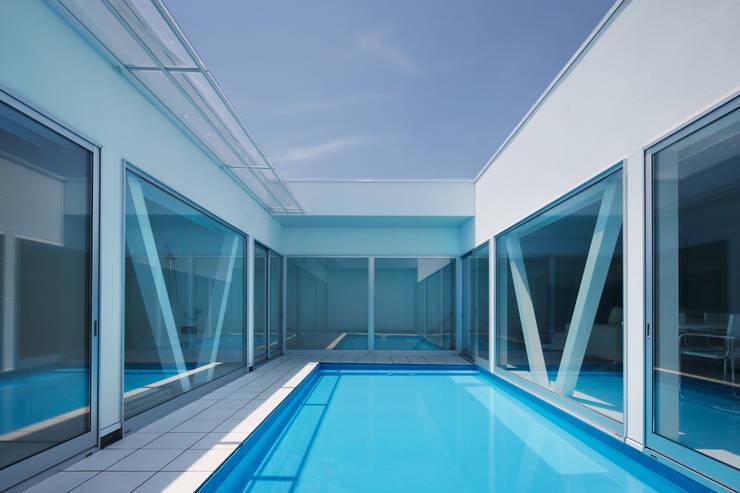 l a n i: *studio LOOP 建築設計事務所が手掛けたプールです。