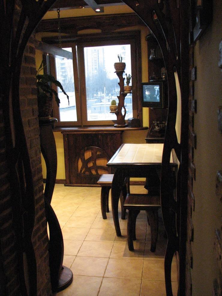 Квартира 36 м2 в Москве: Кухня в . Автор – ООО ПрофЭксклюзив Студия дизайна интерьеров