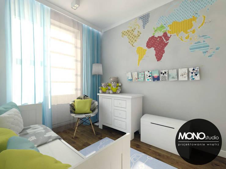 Recámaras infantiles de estilo moderno por MONOstudio