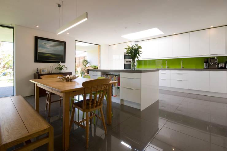 Projekty,  Kuchnia zaprojektowane przez Designscape Architects Ltd