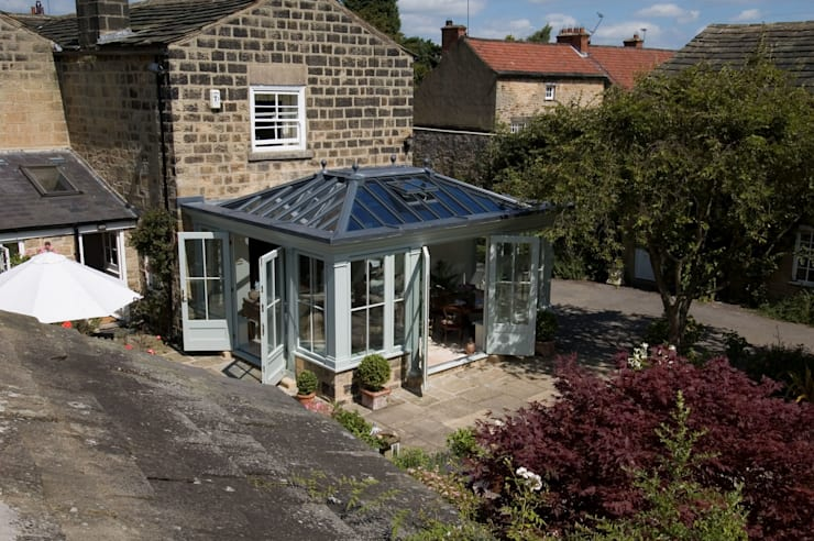 Orangeries: modern Conservatory by Franklin Windows