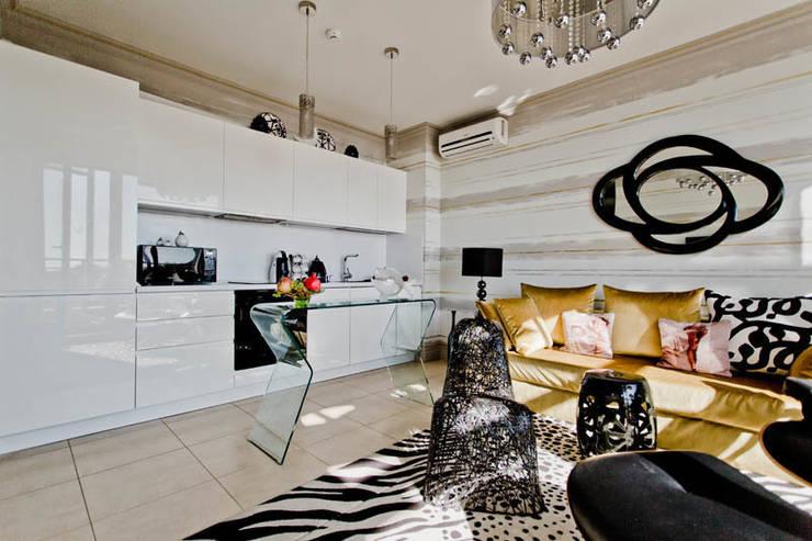 Апартаменты в Болгарии в комплексе <q>Сирена</q>: Кухня в . Автор – Студия Татьяны Гребневой