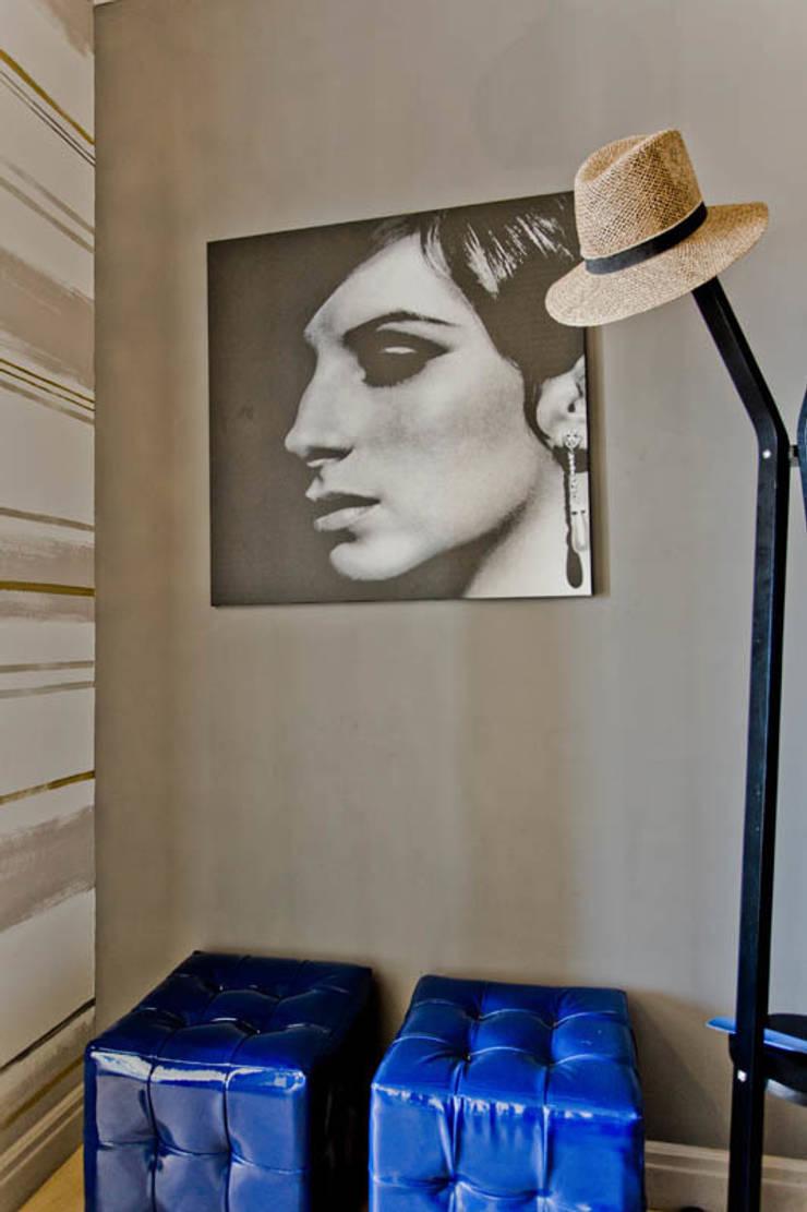 Апартаменты в Болгарии в комплексе <q>Сирена</q>: Произведения искусства в . Автор – Студия Татьяны Гребневой