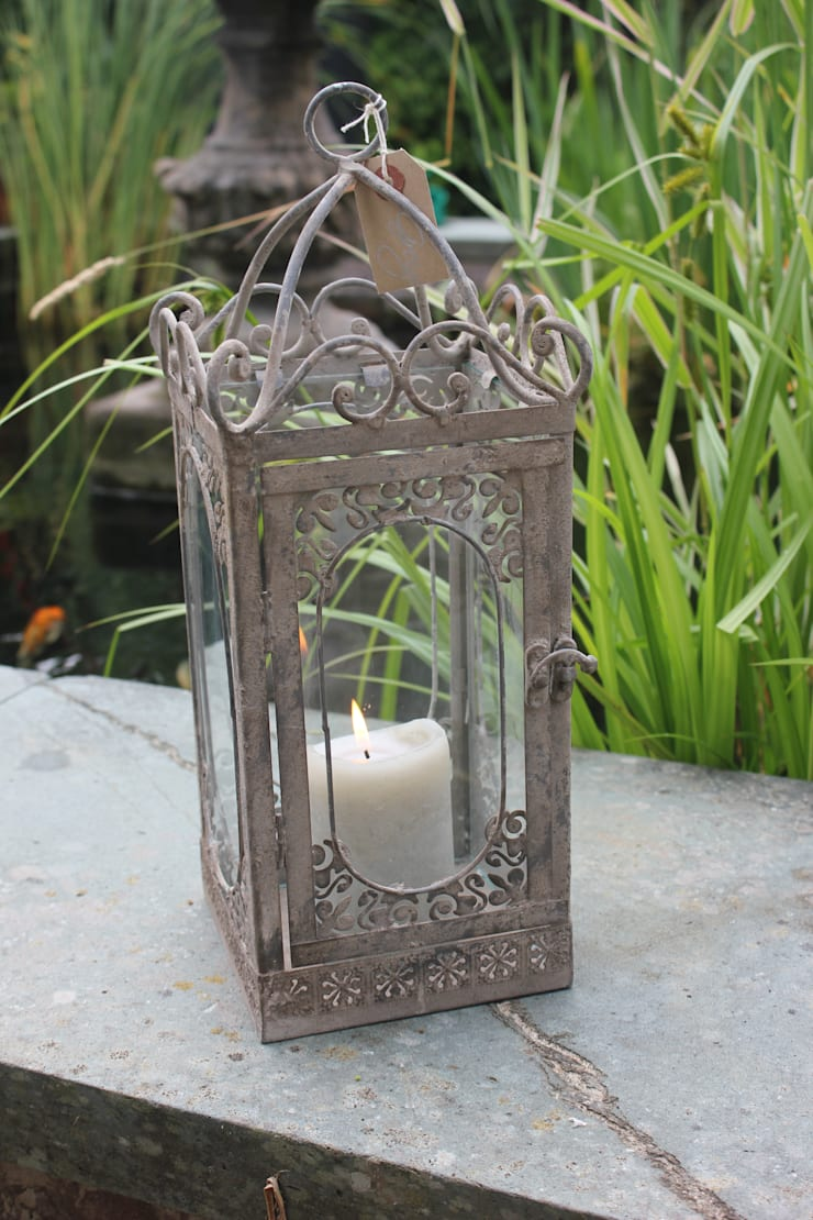 Beautiful Metal & Glass Lantern:  Balconies, verandas & terraces  by Greige