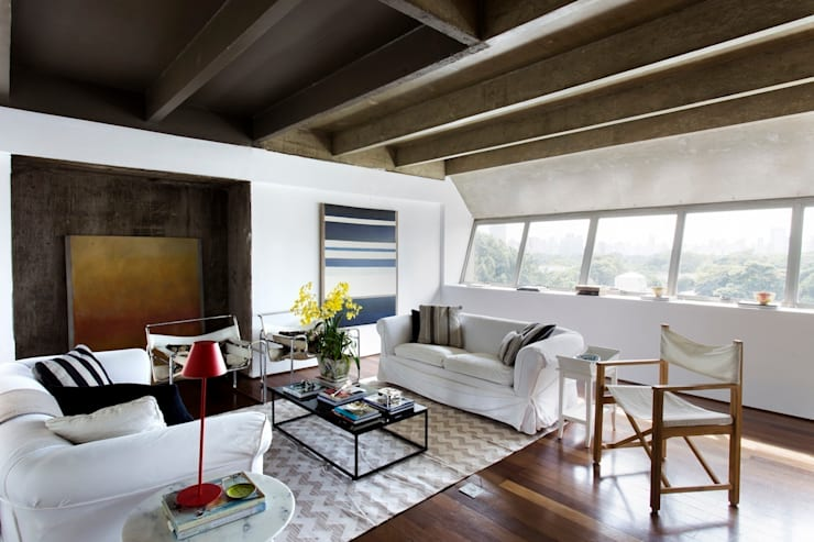 Sala Integrada: Salas de estar  por Pereira Reade Interiores,