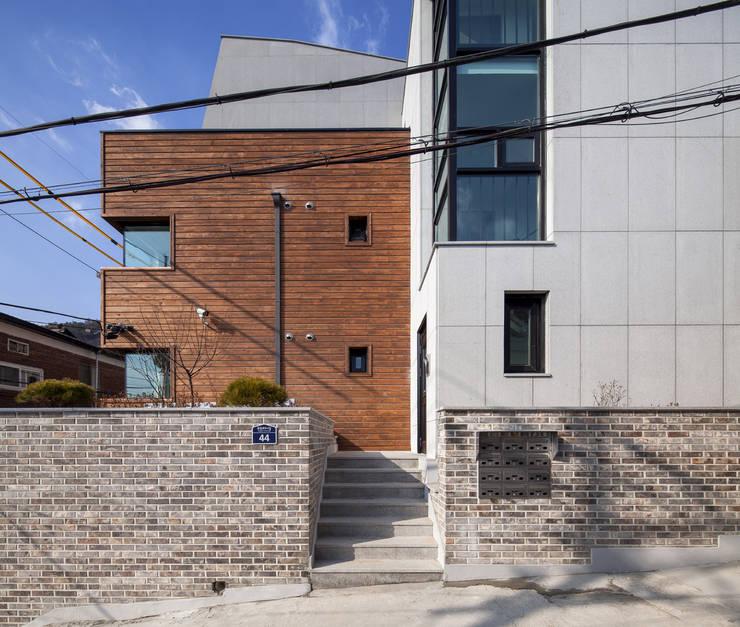 JONGAMDONG  MULTIPLE  DWELLIMGS: IDEA5   ARCHITECTS의  주택