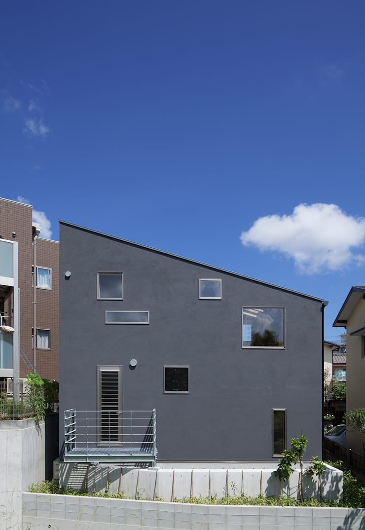 House in  Nanakuma: MOVEDESIGNが手掛けた家です。,