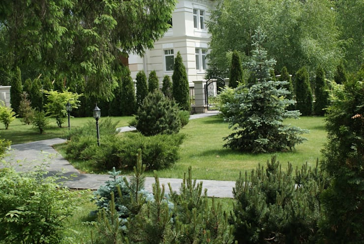 Classic style gardens by ПАН Ландшафт Classic