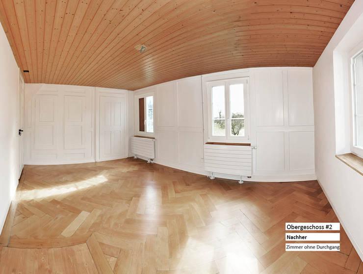 Sanierung Umbau - Bauernhaus Stöckli in Reitnau, Aargau: moderne Wohnzimmer von raumquadrat GmbH