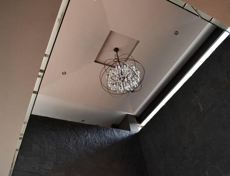 CASA UD: Salas de estilo  por citylab Laboratorio de Arquitectura