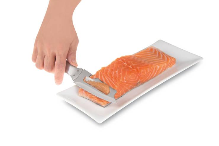 GENIETTO 146 coltello pesce multifunzione: Cucina in stile  di IPAC S.p.a.