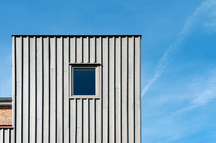 Detail uitbouw:   door Artesk van Royen Architecten