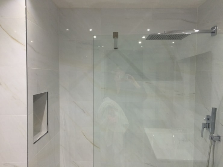 Reforma de baño: Baños de estilo  de SAUCO DESIGN S.L.