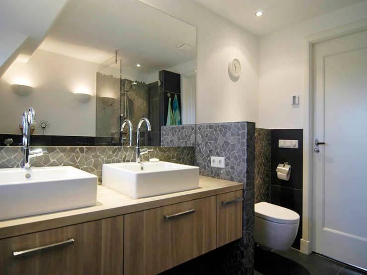 Materialen:  Badkamer door Schindler interieurarchitecten