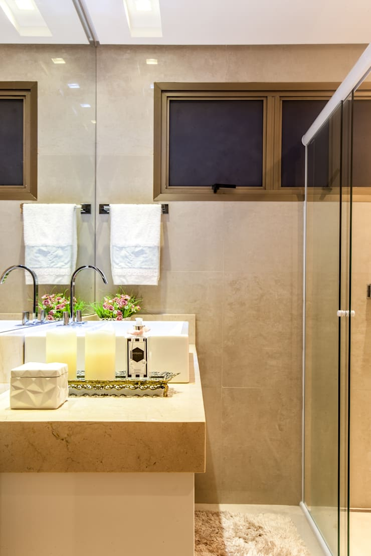 Banheiro suíte master: Banheiros  por Barbara Dundes | ARQ + DESIGN,