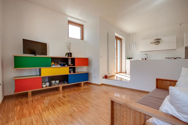 Casa BM: Soggiorno in stile  di ABC+ME Studio di Architettura