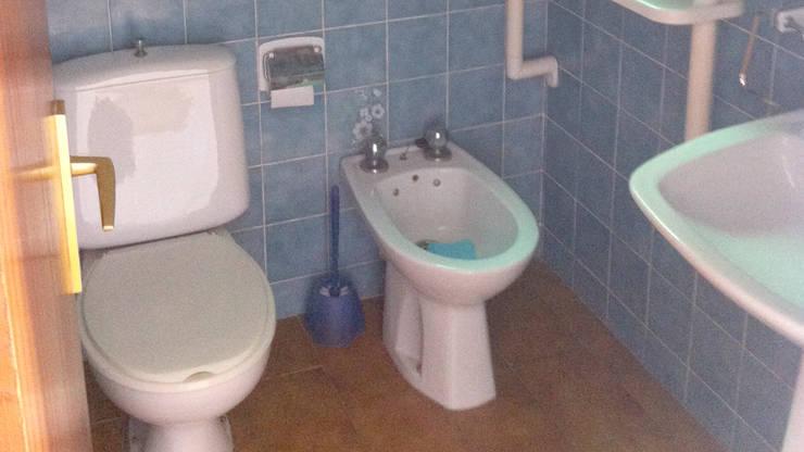 El Antes (Baño de orígen):  de estilo  de Escudero Disseny, S.L.U.