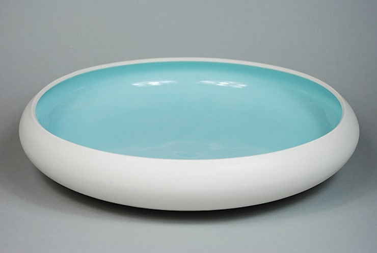 Pool Bowl, burnished porcelain, 39 cm:  Dining room by Andrew Temple Smith Ceramics