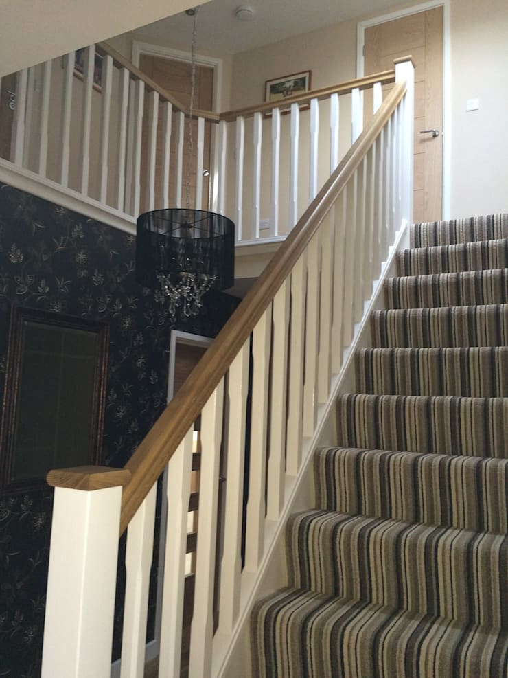 Basic Staircase with Oak Handrail and Pine Stop Chamfered Spindles:  Corridor & hallway by StairBox