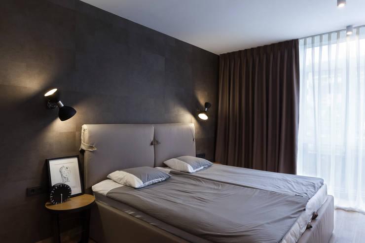 Квартира с характером: Спальни в . Автор – LPetresku, Минимализм