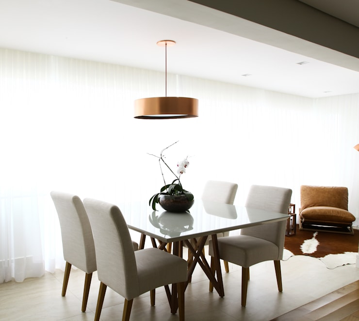 Dining room by ARQ_IN ,