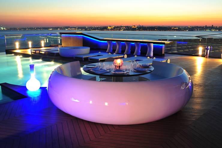 360istanbul – 360 Istanbul East Magic Hour with White Booth:  tarz Yeme & İçme