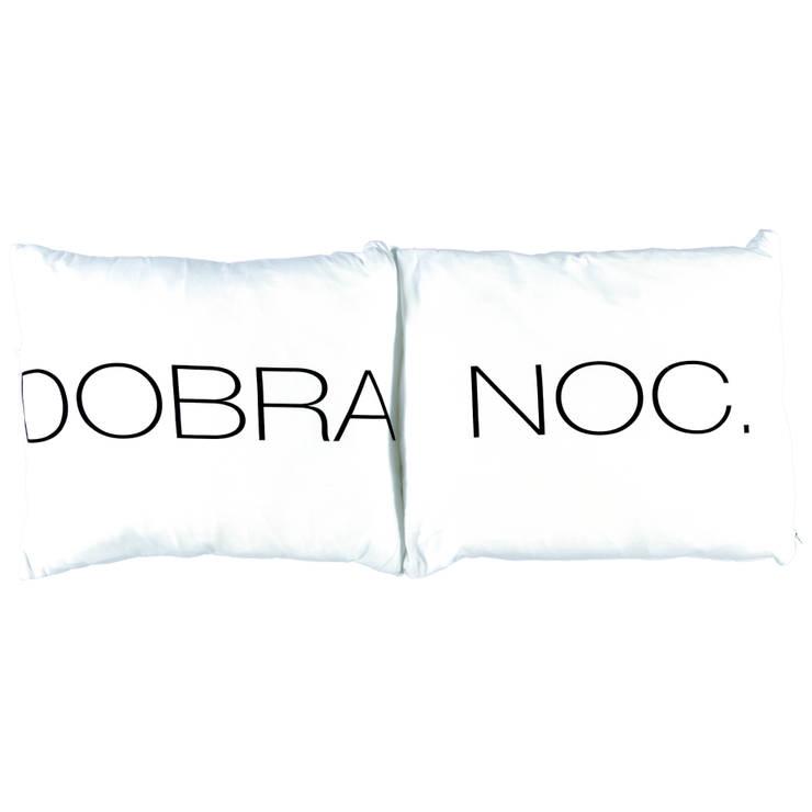 Poduszki DOBRANOC. białe: styl , w kategorii Sypialnia zaprojektowany przez Nocne Dobra