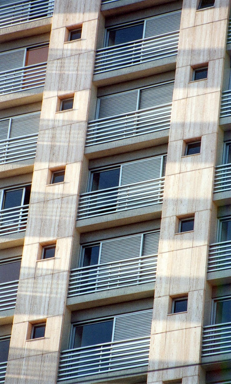 Edifício Ducale | Residencial – Rua Peixoto Gomide: Casas  por ARQdonini Arquitetos Associados,Moderno
