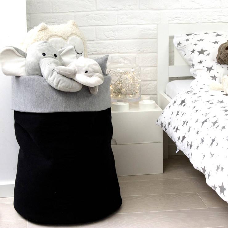Kosz na zabawki: styl , w kategorii Pokój dziecięcy zaprojektowany przez Nocne Dobra