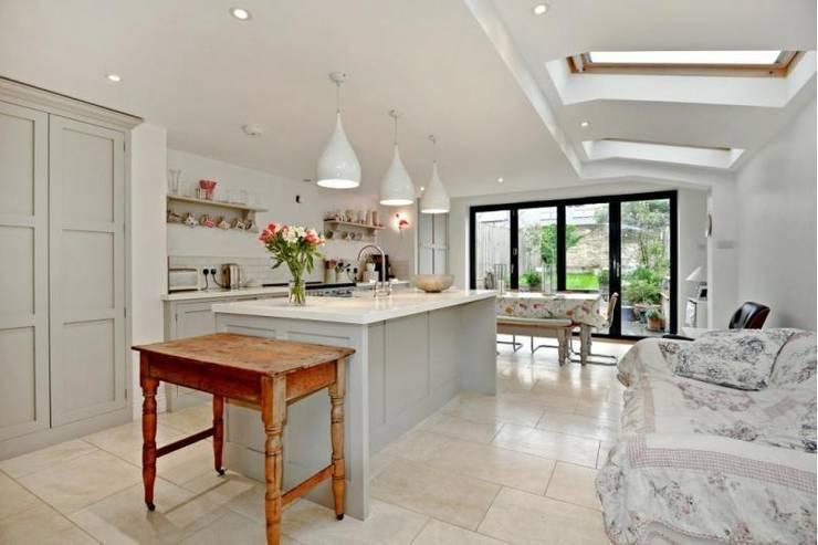 Kitchen by Prestige Build & Management Ltd.