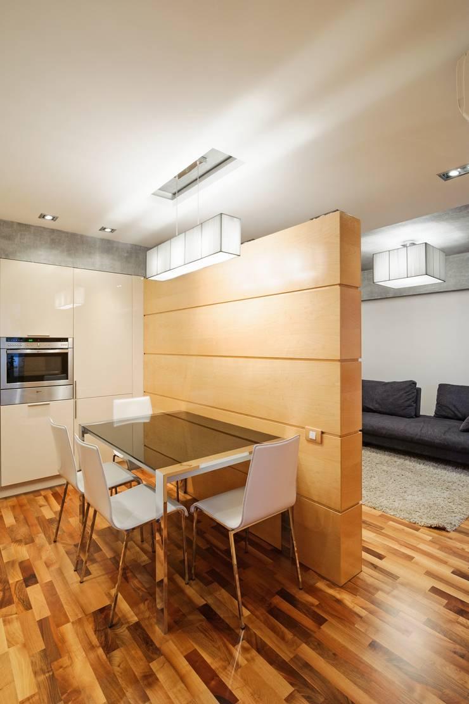 Редизайн четырехкомнатной квартиры в г. Саратов: Кухни в . Автор – Павел Исаев