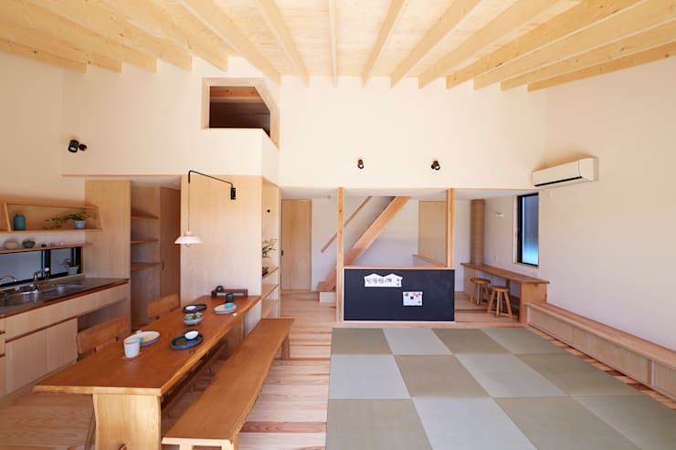 一級建築士事務所co-designstudio의  다이닝 룸