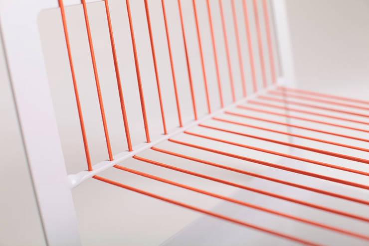 MagazineRek detail: modern  door Tim van de Weerd, Modern