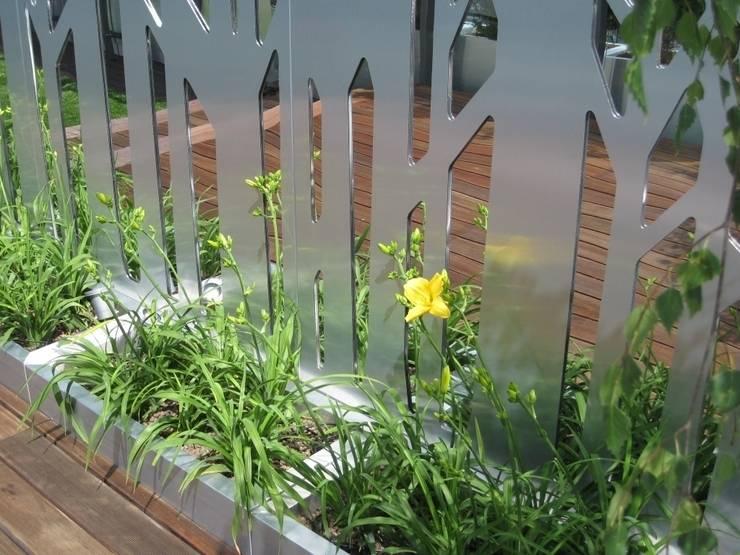 Ogród na dachu: styl , w kategorii  zaprojektowany przez Sungarden - Projektowanie i urządzanie ogrodów