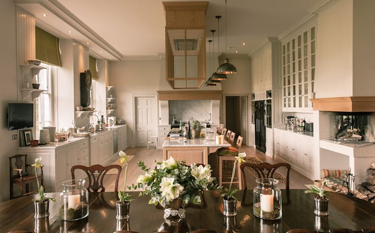 country Dining room by Drummonds Bathrooms