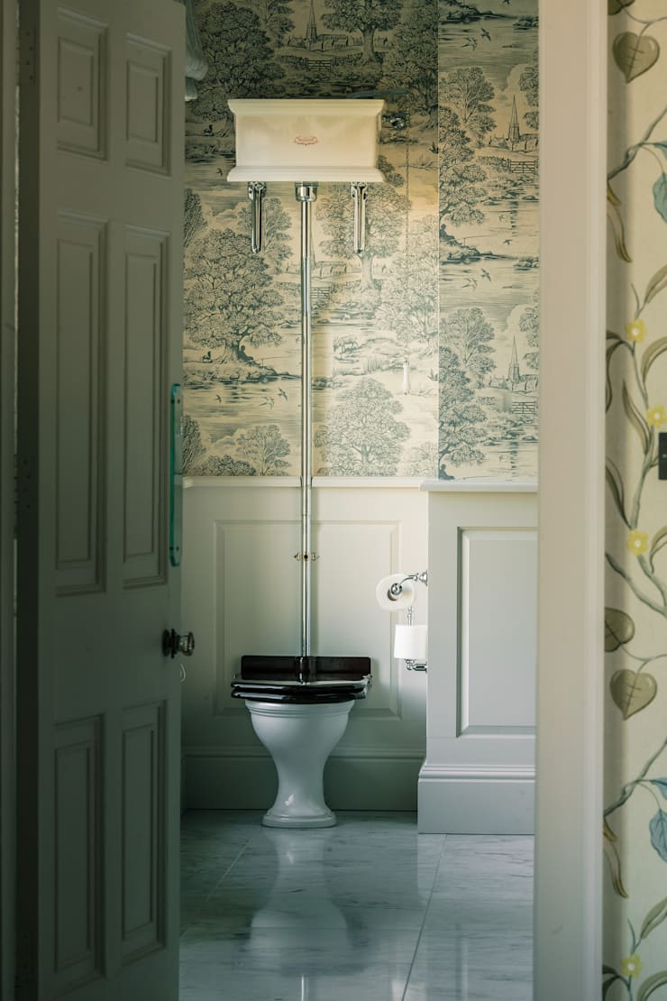 Country Estate, Dorset:  Bathroom by Drummonds Bathrooms