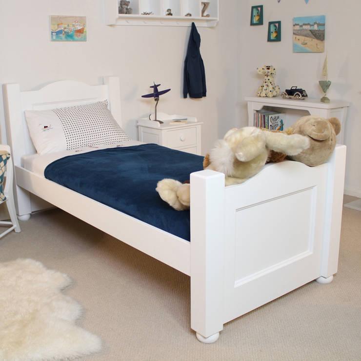 Nutkin (3') Childrens Bed:  Nursery/kid's room by Harley & Lola