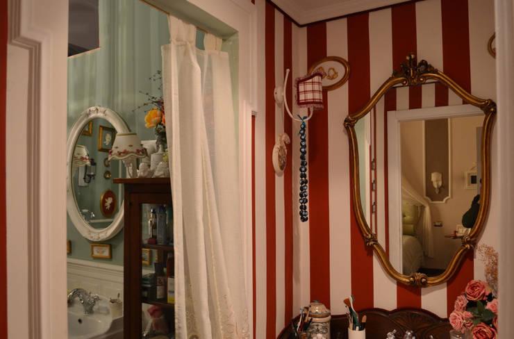 antibagno: Bagno in stile in stile Eclettico di arch. Paolo Pambianchi