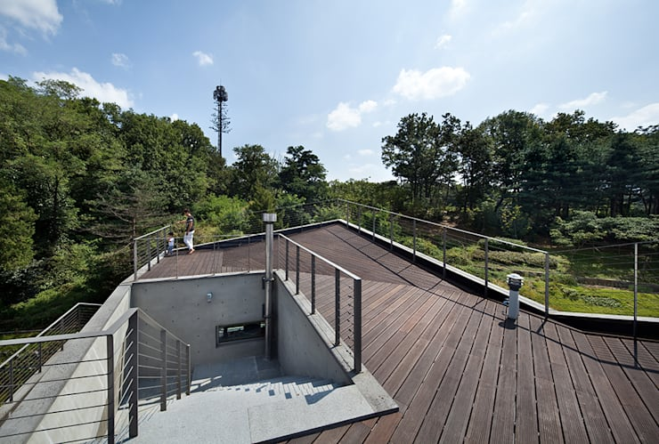 Roof _ Top: D-Werker Architects의