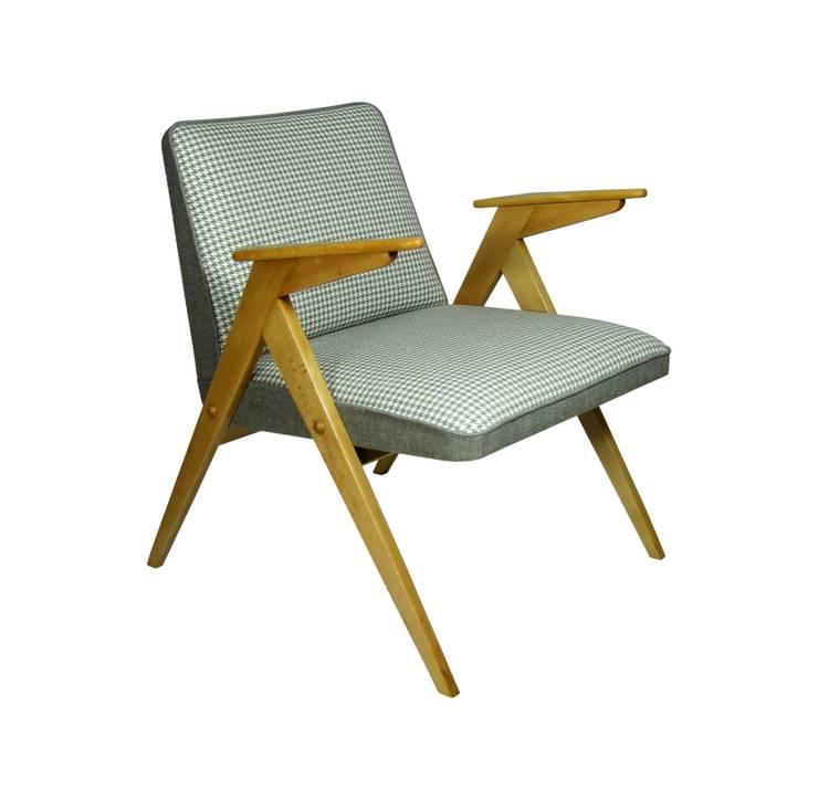 Fotel Kremowy: styl , w kategorii Salon zaprojektowany przez ToTu Pracownia