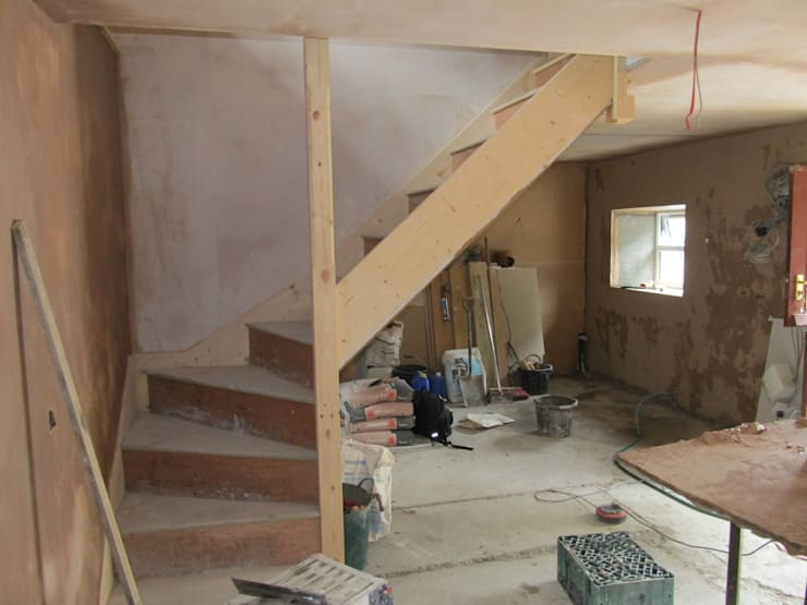 Holiday Cottage Renovation:   by Rob David Interior Design