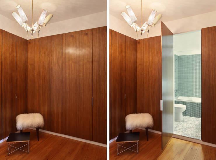 Pasillos y vestíbulos de estilo  de Tiago Patricio Rodrigues, Arquitectura e Interiores