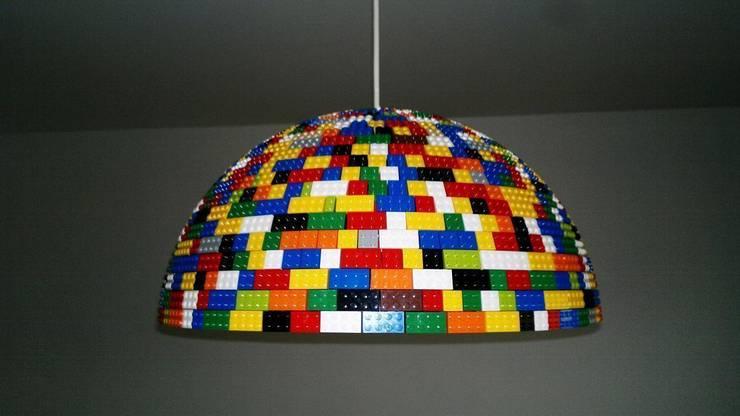 LEGOlamp: styl , w kategorii Pokój dziecięcy zaprojektowany przez RefreszDizajn